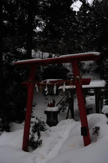 春日山神社16.JPG